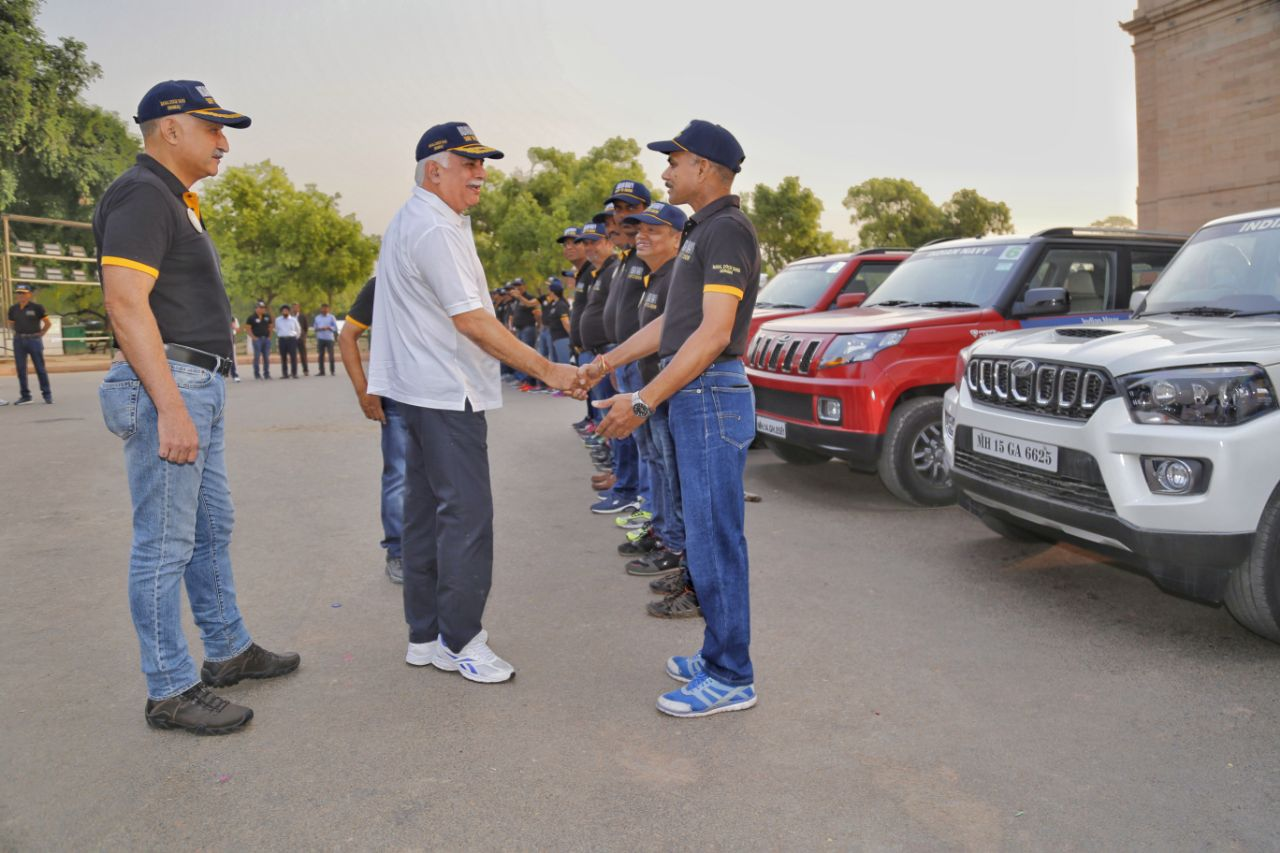 Navy kicks-off 2nd leg of car rally to motivate youth