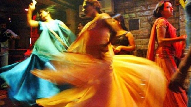 Supreme Court allows Mumbai dance bars to reopen. No cash showers allowed
