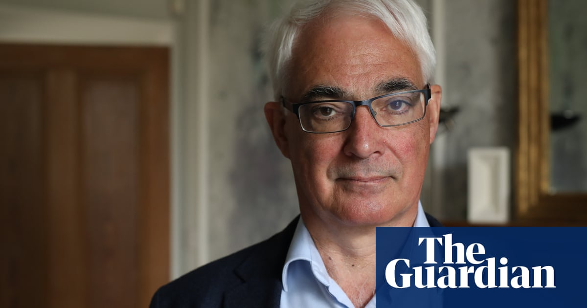 Former chancellor Alistair Darling calls for emergency VAT cut