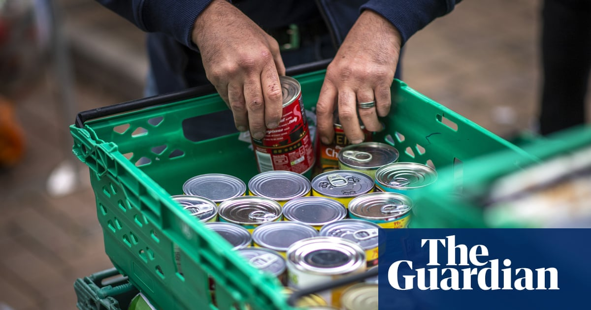More than 1m people in UK regularly struggle to afford food, report finds