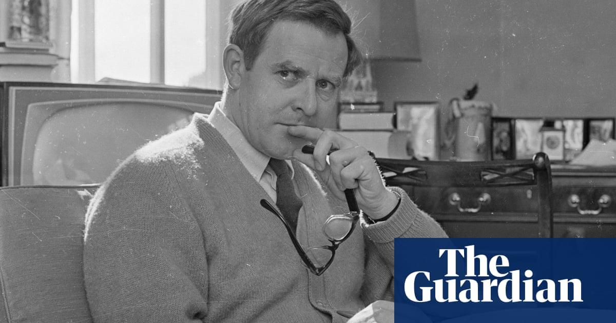 Monday briefing: Spy-fiction master John le Carre dies