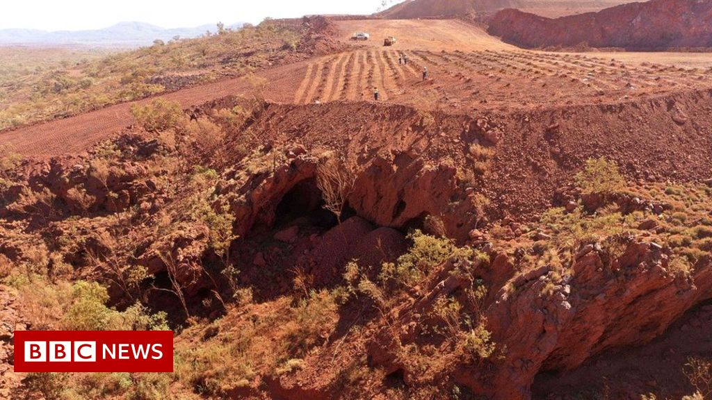 Mining firm sorry for destroying Aboriginal caves