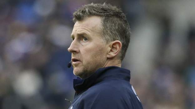Referee Owens retires from internationals