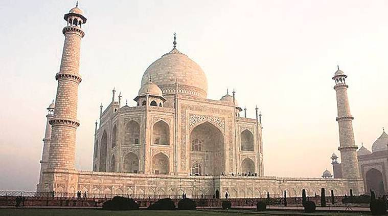 Activists of Hindu outfit threaten to perform 'puja' inside Taj Mahal