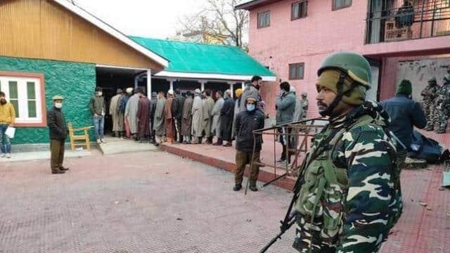 जम्मू-कश्मीर के चुनावों से पाक हताश, जैश और लश्कर के आतंकियों को भेजने की कोशिश की: DGP