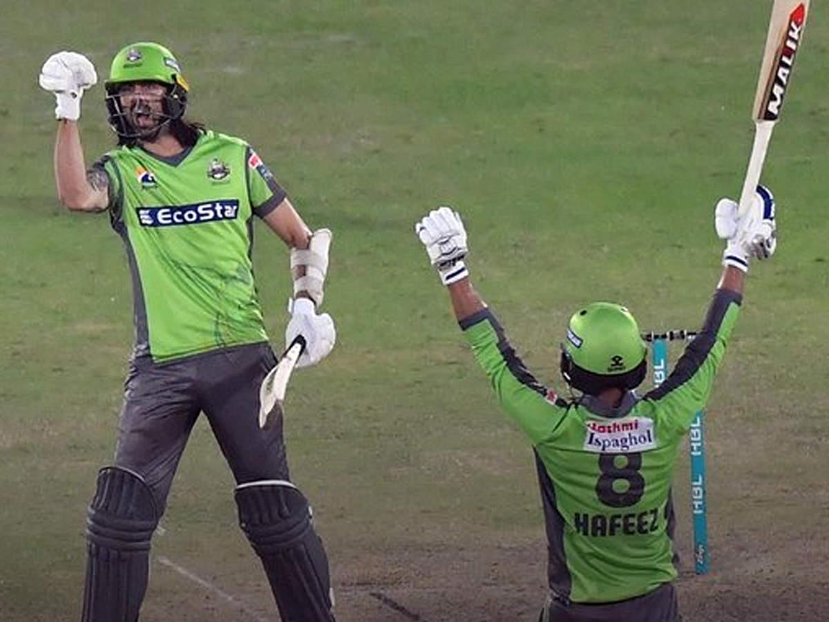 PSL 2020 Eliminator 1: लाहौर कलंदर्स ने पेशावर को किया बाहर, 5 विकेट से जीता मैच