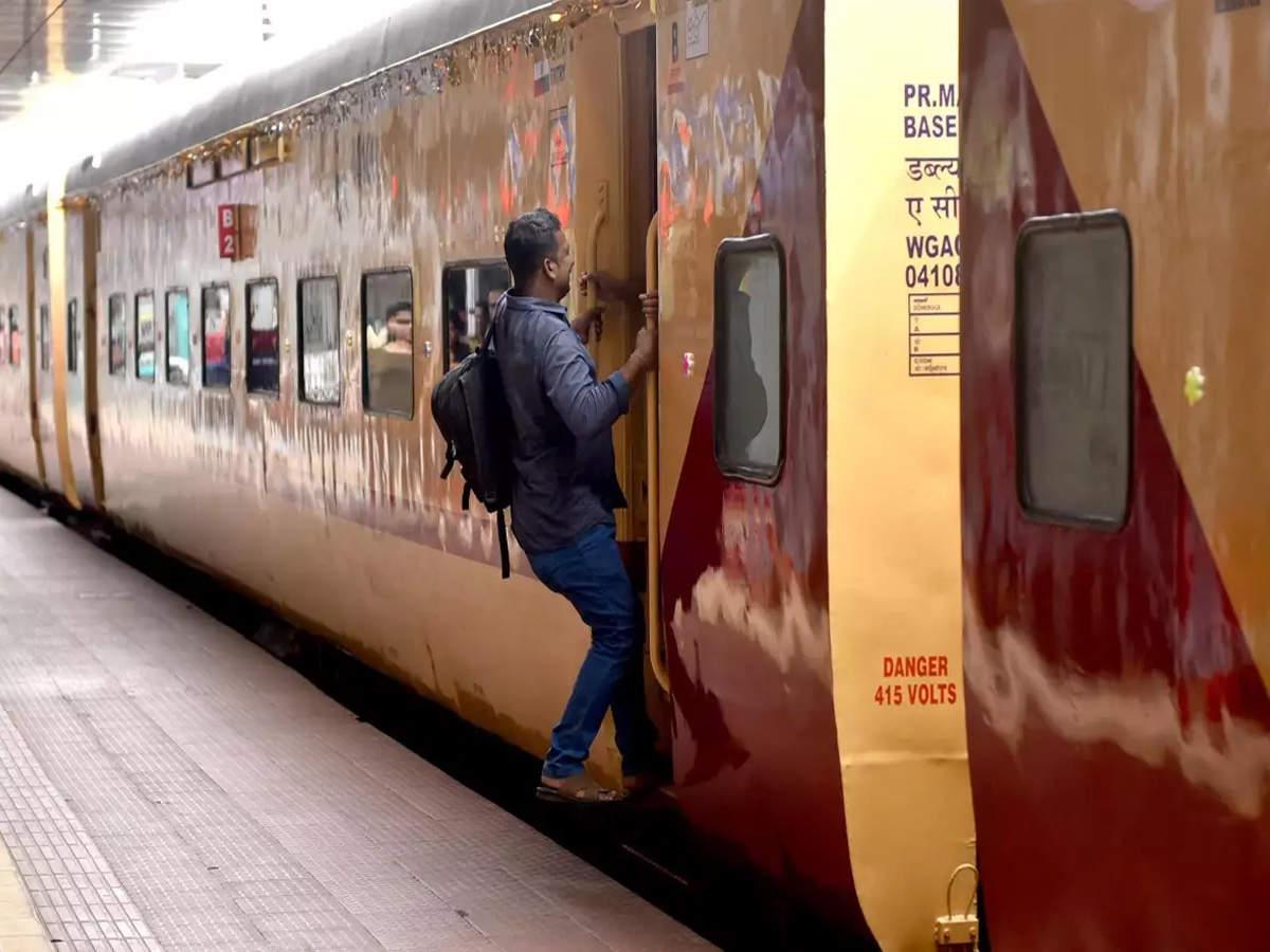 रेलवे ने शुरू की 3 और स्पेशल ट्रेन, जम्मू तवी-अजमेर एक्सप्रेस की सेवा भी 11 दिसंबर से बहाल