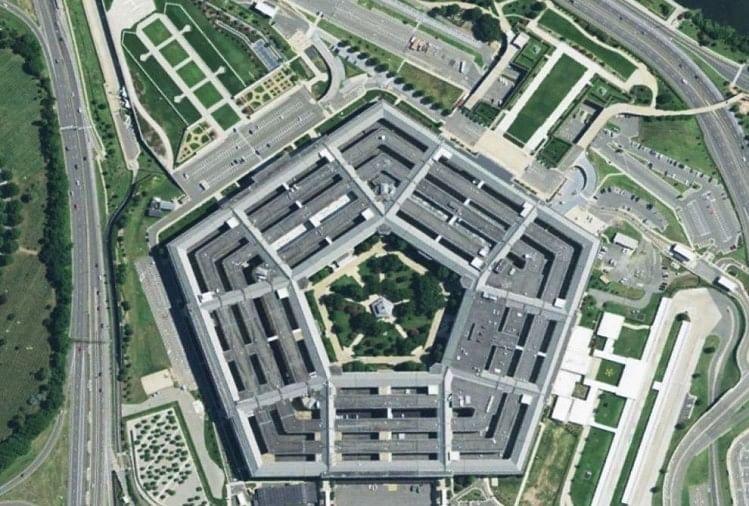पेंटागन की रिपोर्ट में चेतावनी, सैन्य ताकत में रूस-चीन से पिछड़ सकता है अमेरिका