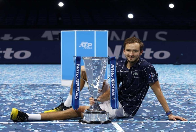 थीम को हरा डेनियल मेदवेदेव ने जीता ATP फाइनल्स का खिताब, बनाए कई अद्भुत रिकॉर्ड्स